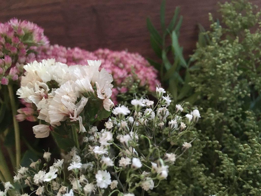 Blumenkranz binden - die Blumenauswahl