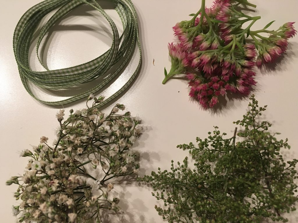 Blumenkranz binden - die Vorbereitung