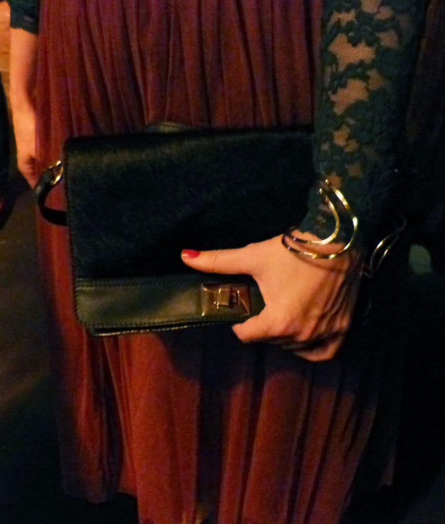 Outfit Tüllrock Carrie Bradshaw Paris Accessoires
