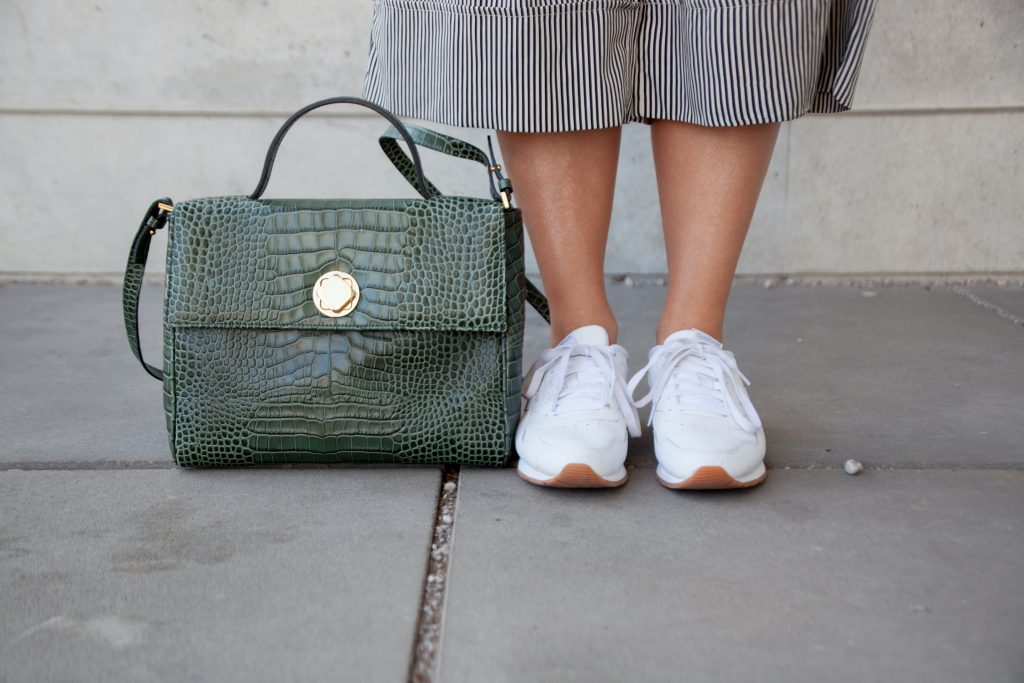 Outfit Sneakerlove Streetstyle Culotte Weiße Sneaker